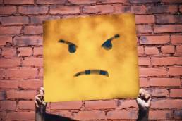 Wütendes Gesicht